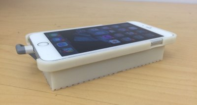 Android OS on iPhone 3D printed case