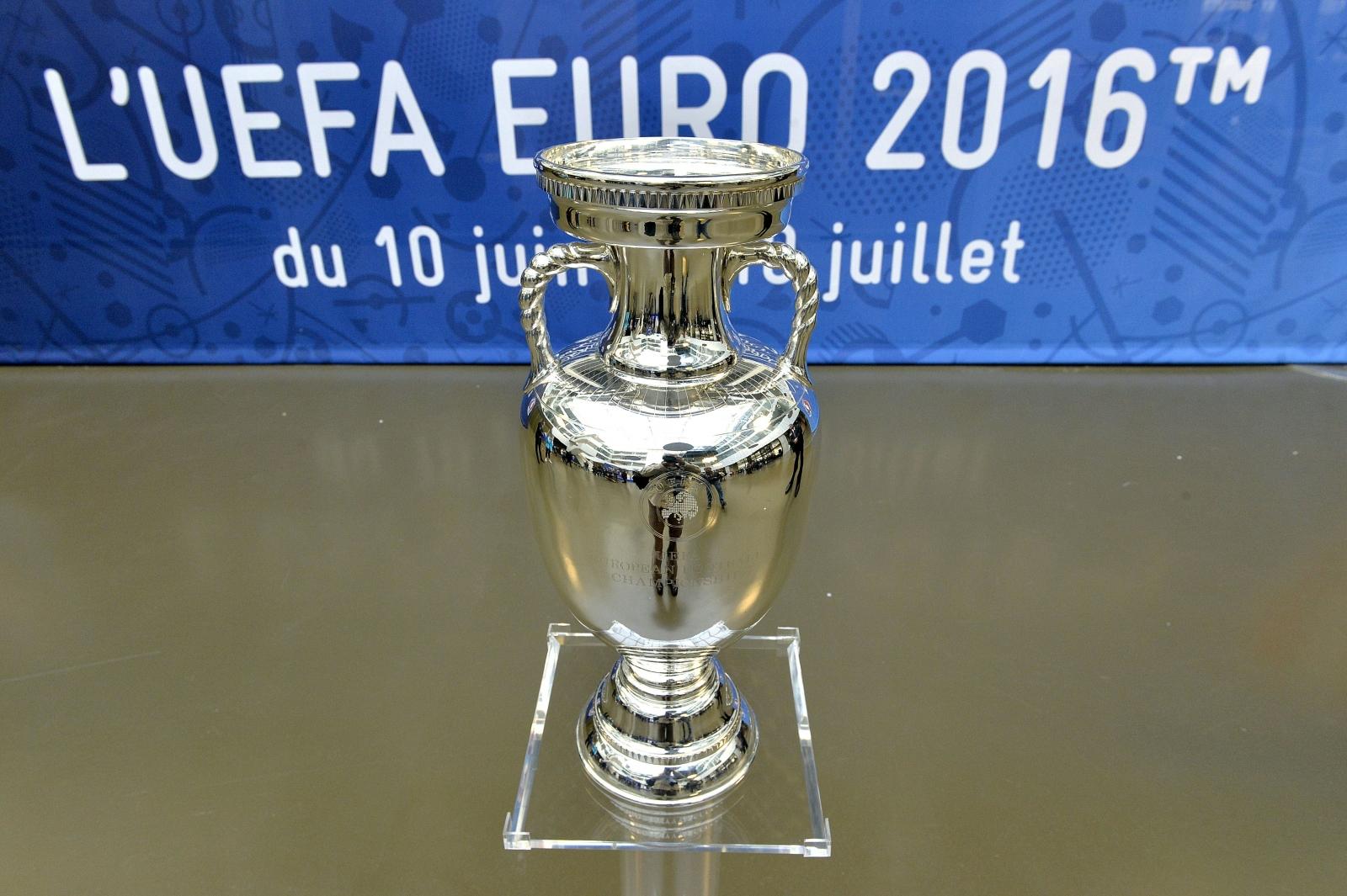 Euro 2016 trophy