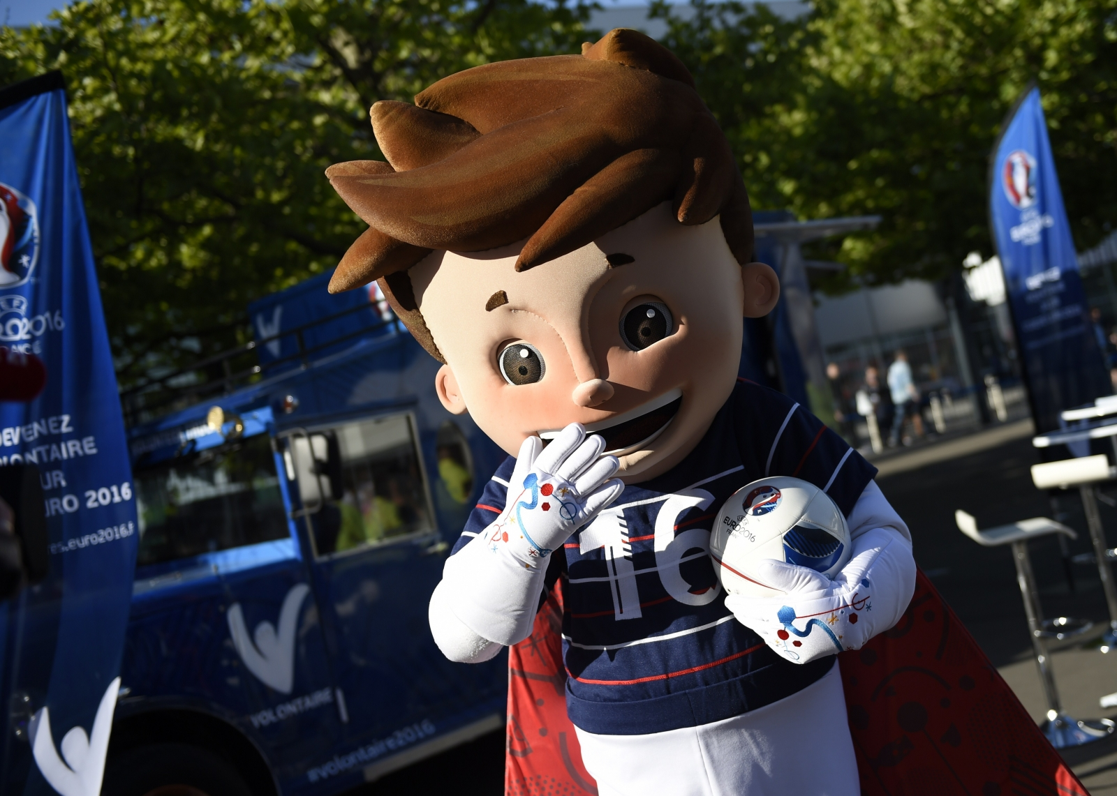Super Victor mascot