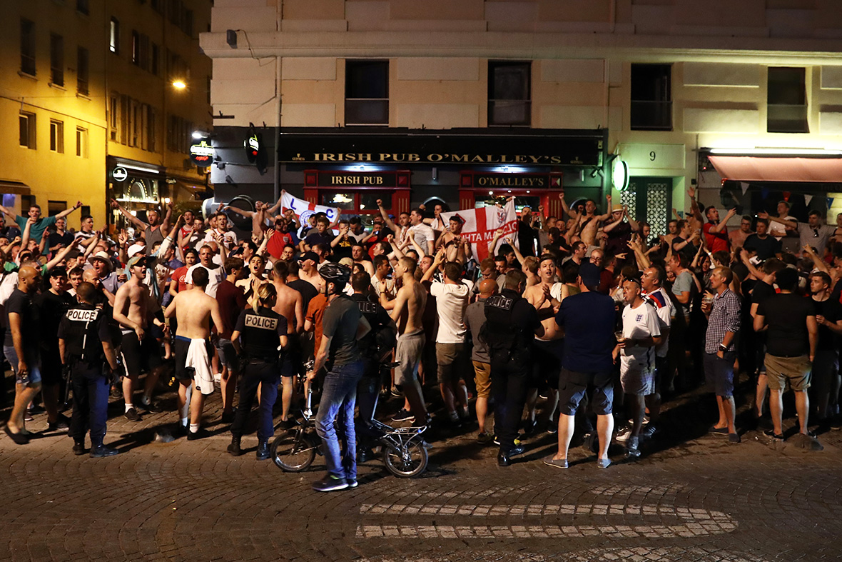England fans in France