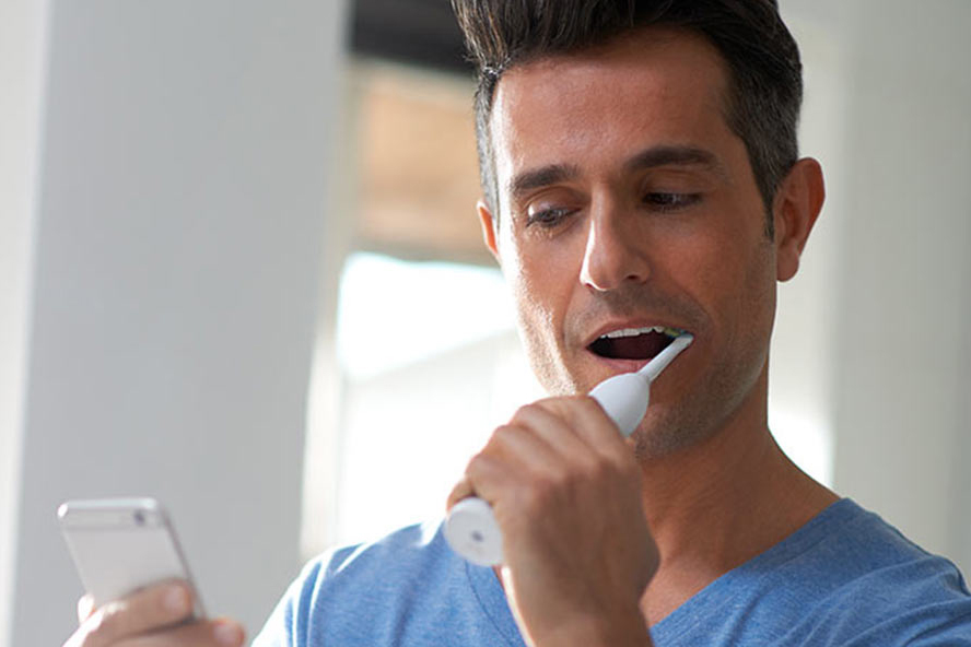 Philips launches smart toothbrush
