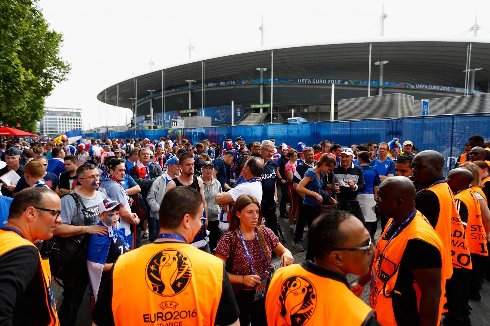 Fans pour into the Stade de France