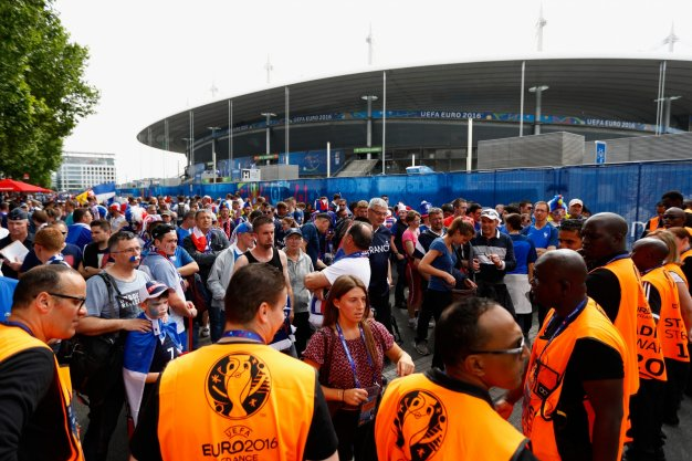 Fans pour into the Stade de France