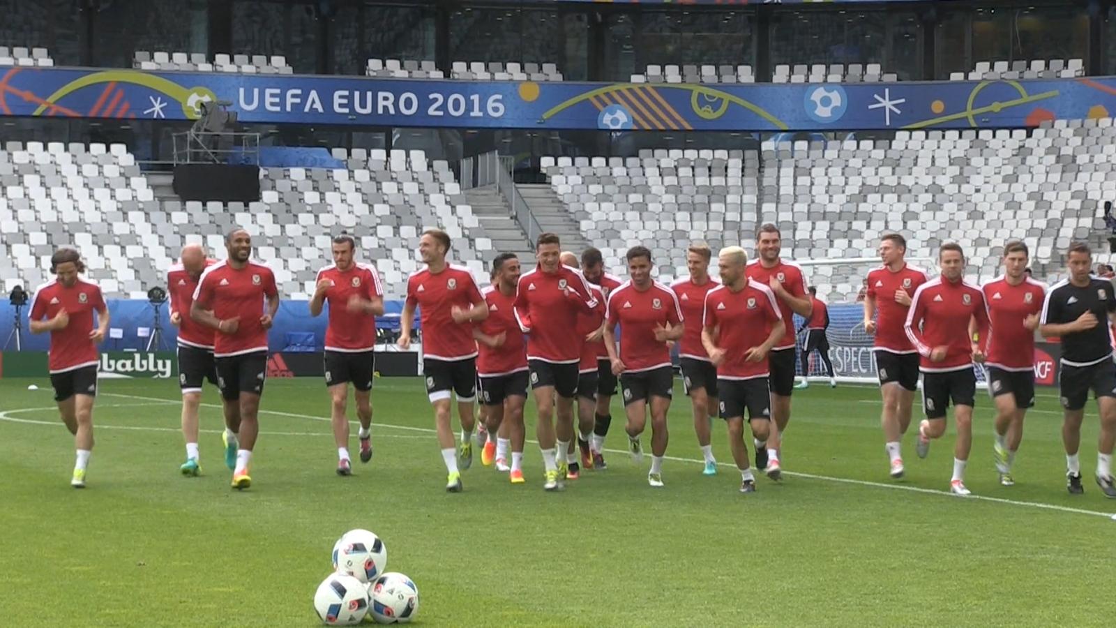 Wales team prepare ahead of Slovakia match