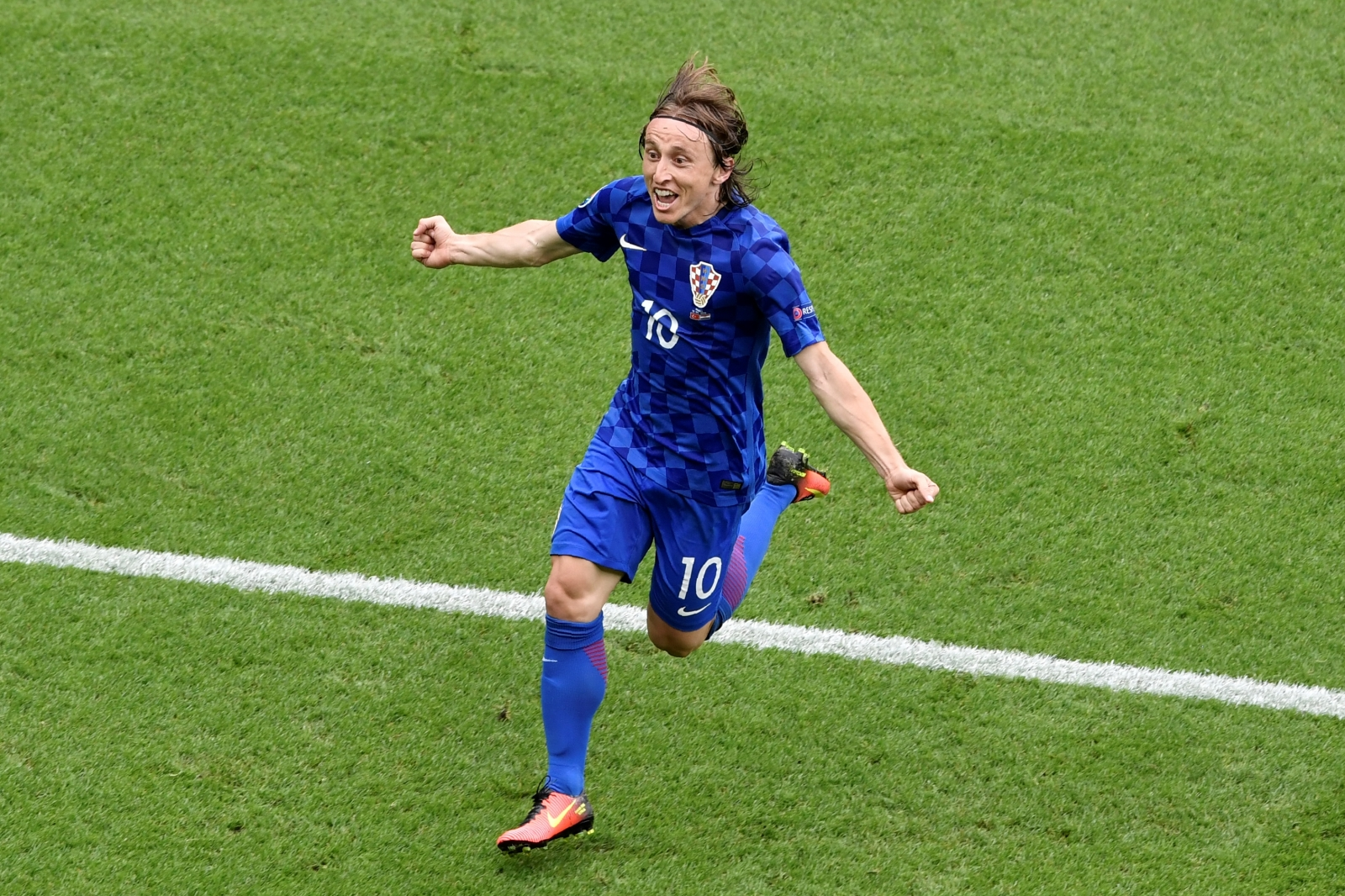 Modric goal Croatia vs Turkey