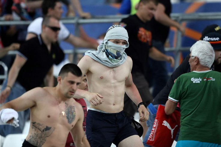 Russian fans attack England supporters in Marseille