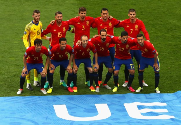 Spain pose for a pre-match picture