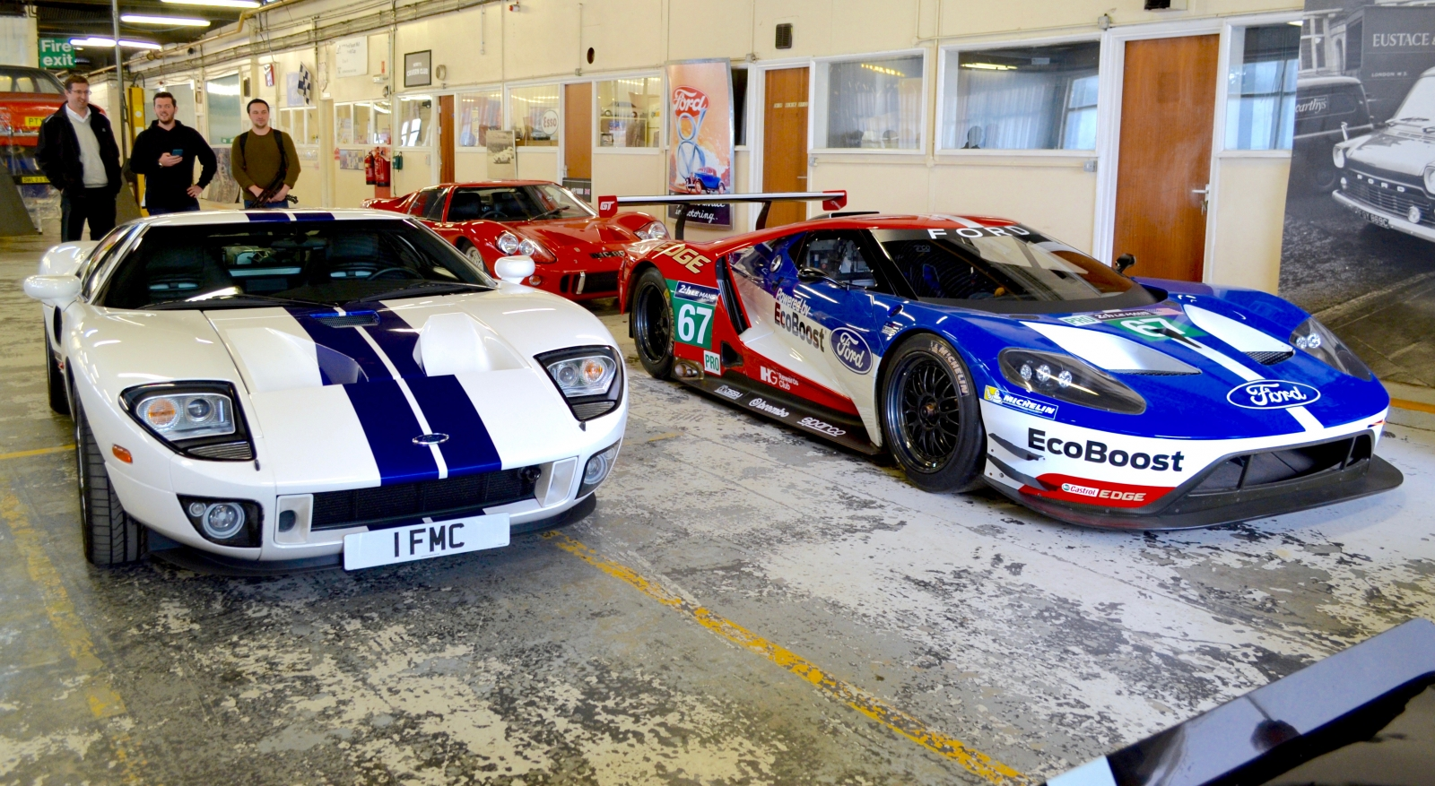 Ford GT, GT40 and 2016 GT racecar
