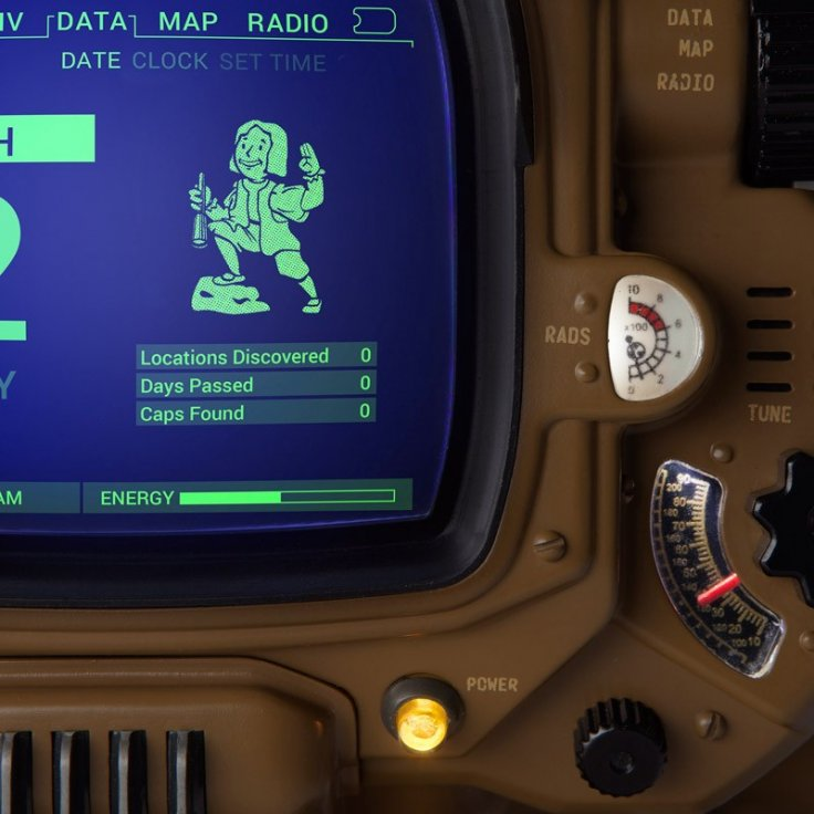 Pip-Boy Deluxe Edition interface
