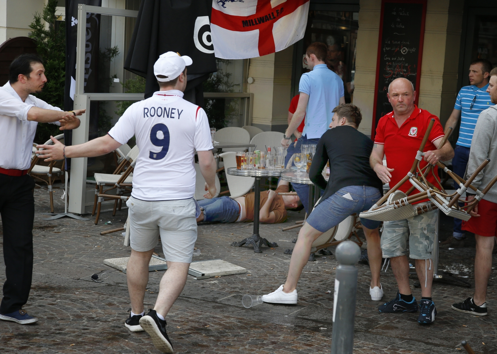 lille football fighting england wales russia