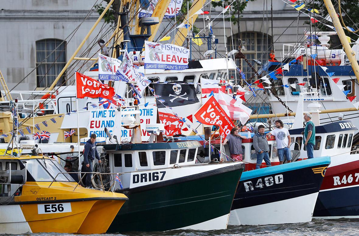 Vote Leave flotilla Thames