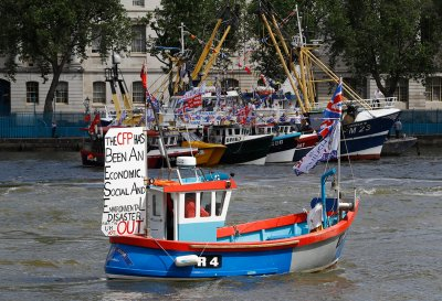 Vote Leave flotilla Thames