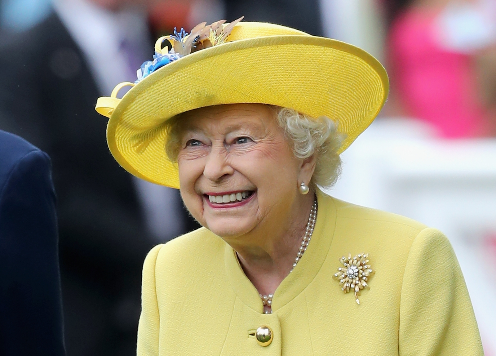 Ascot 2016: Queen Elizabeth II and Kate Middleton lead the ...