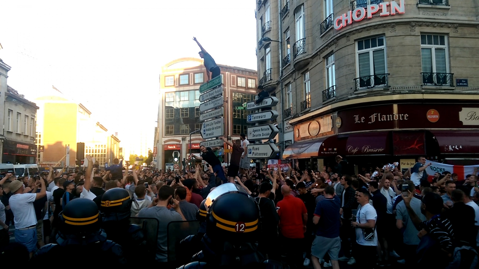 Euro 2016: England and French supporters clash with riot police in Lille leading to 36 arrests