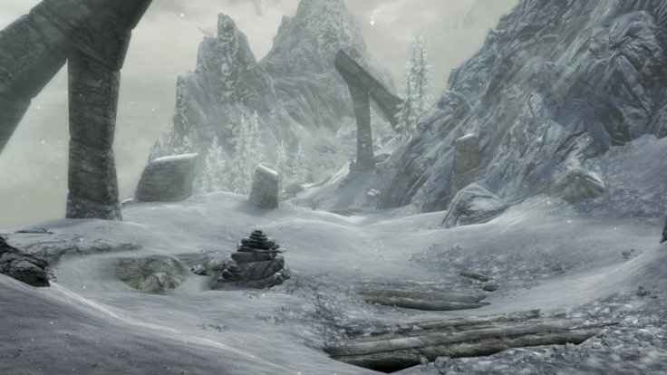 Skyrim Special Edition mountain snow