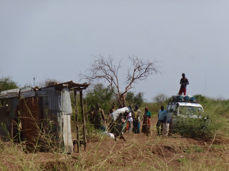 South Sudanese crossing the border into Kenya