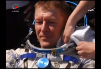 Tim Peake: Capsule carrying space station crew lands in Kazakhstan