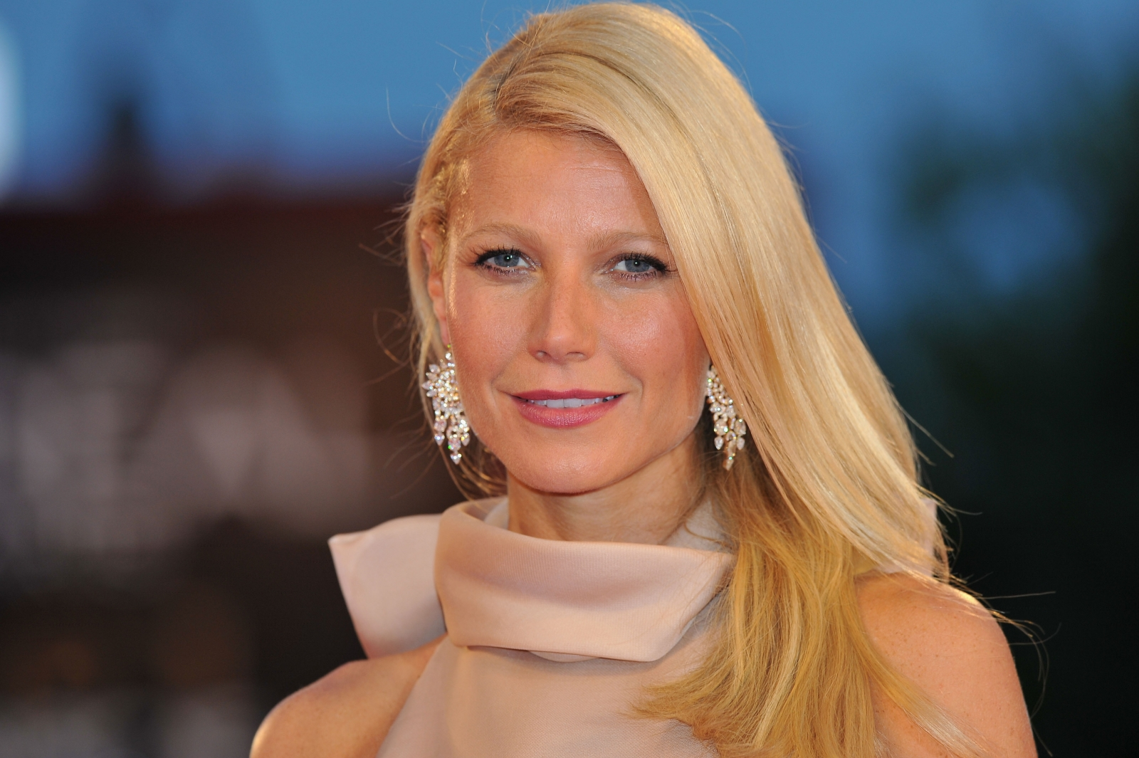 Gwyneth Paltrow attends the 'Contagion' premiere