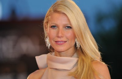 Gwyneth Paltrow attends the Contagion premiere