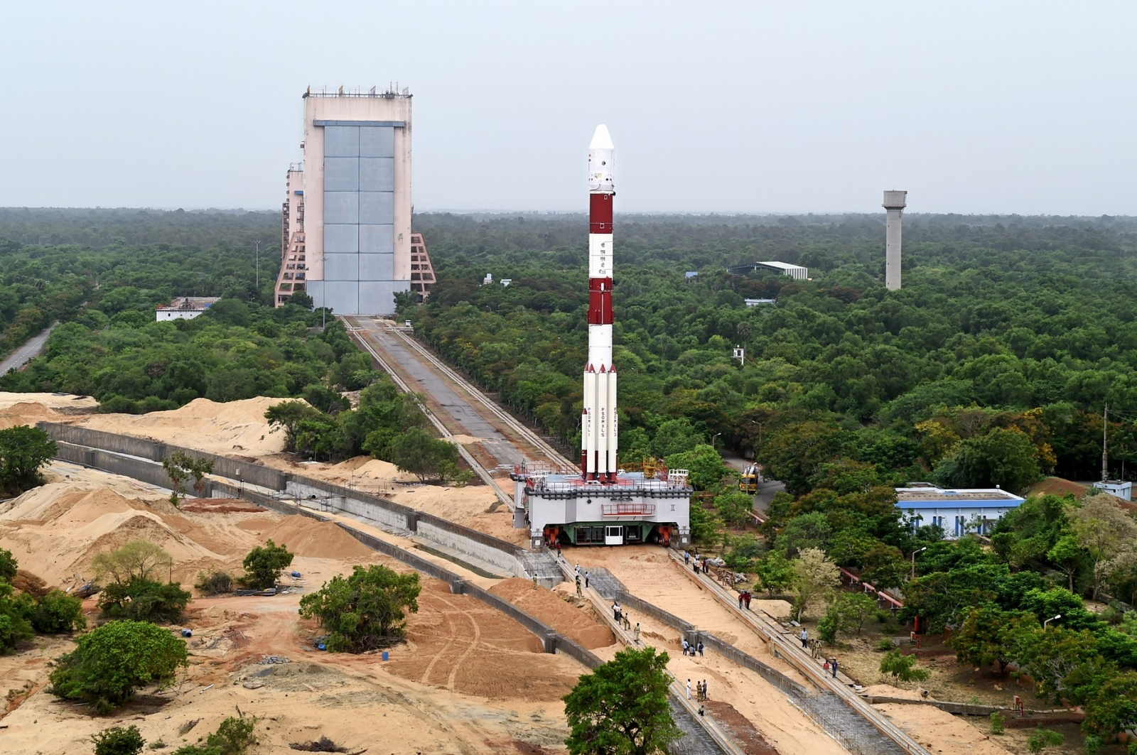 Isro record launch