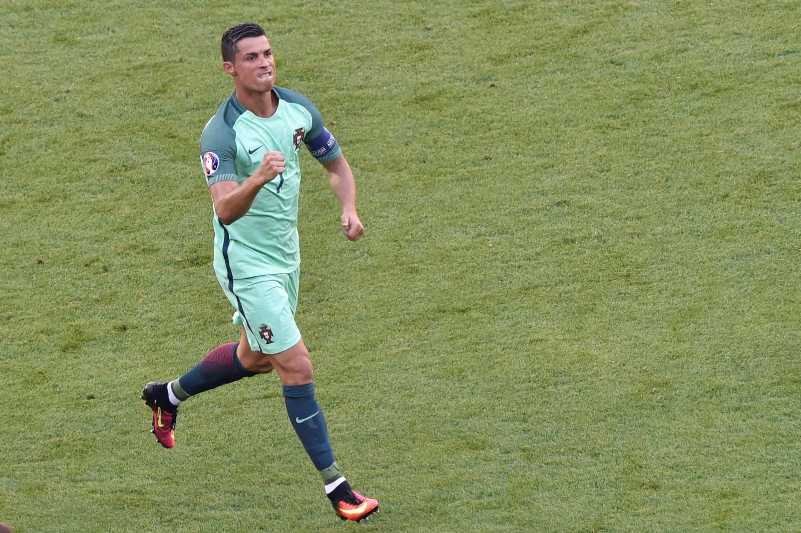 Ronaldo celebrates his second goal