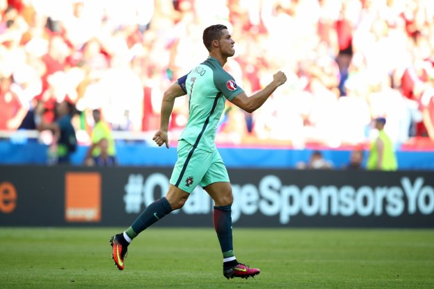 Ronaldo punches the air