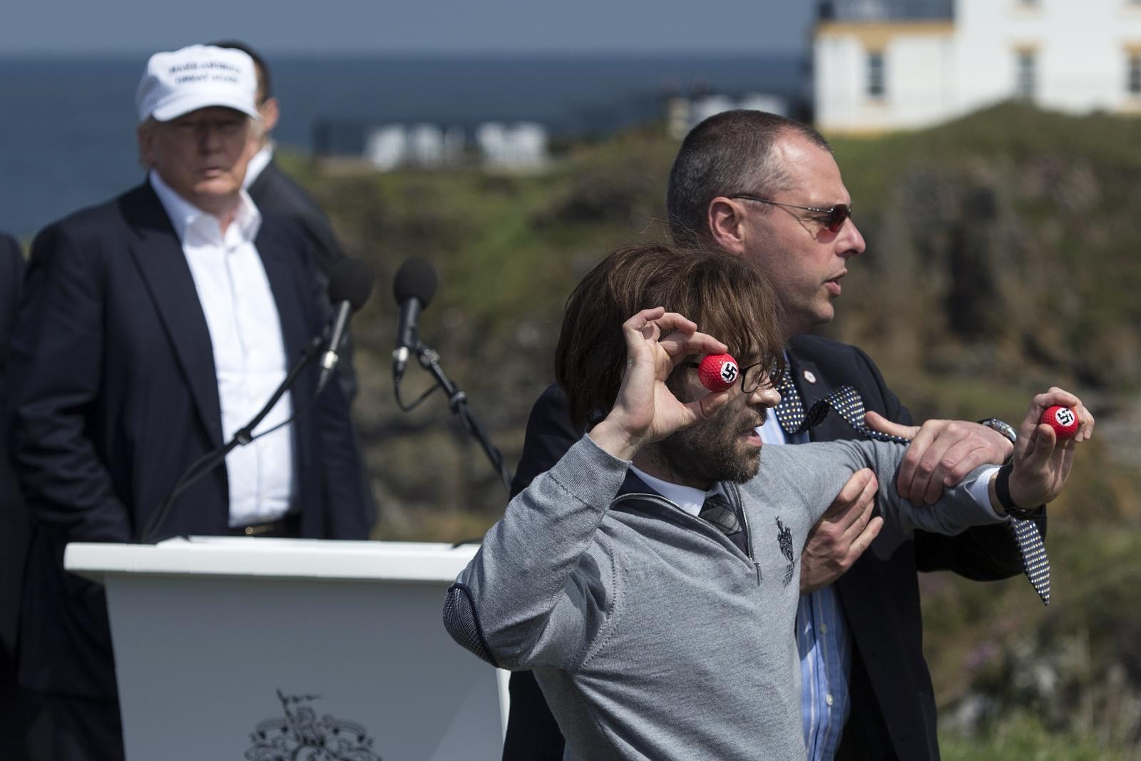 Donald Trump's Scotland Turnberry speech bombarded by ...