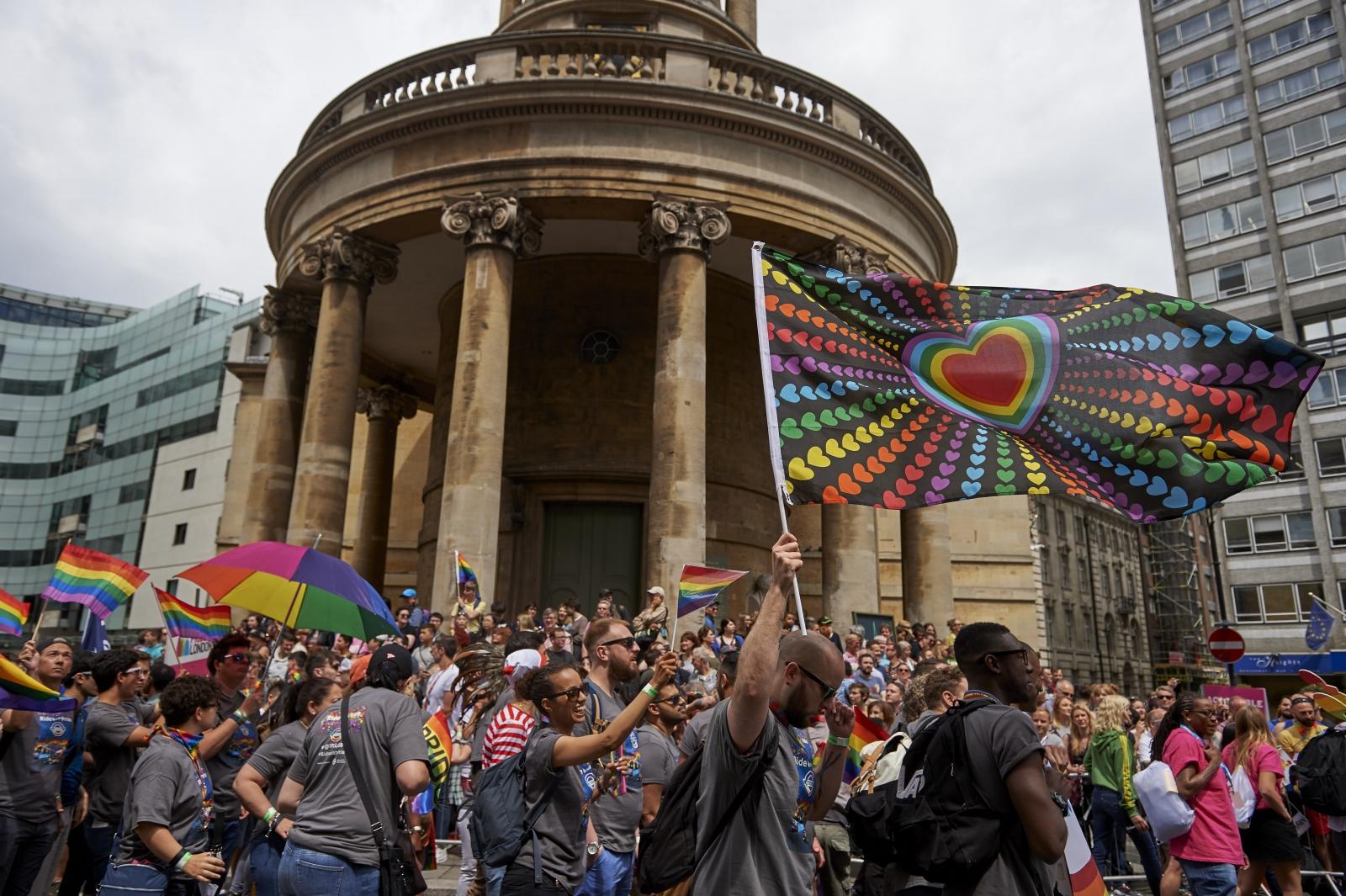 telephone rencontre gay pride à Montbéliard