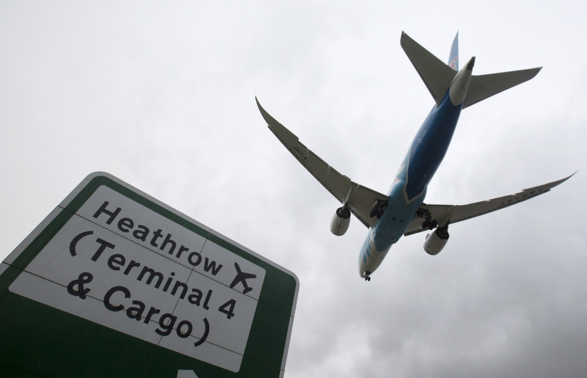 Brexit: Heathrow boss urges government to back third runway plans