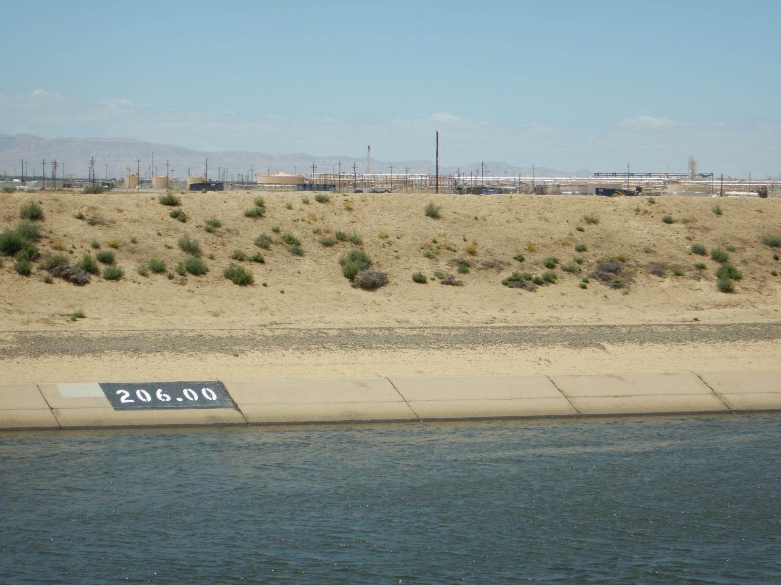 california aquaduct Lost Hills Oil Field