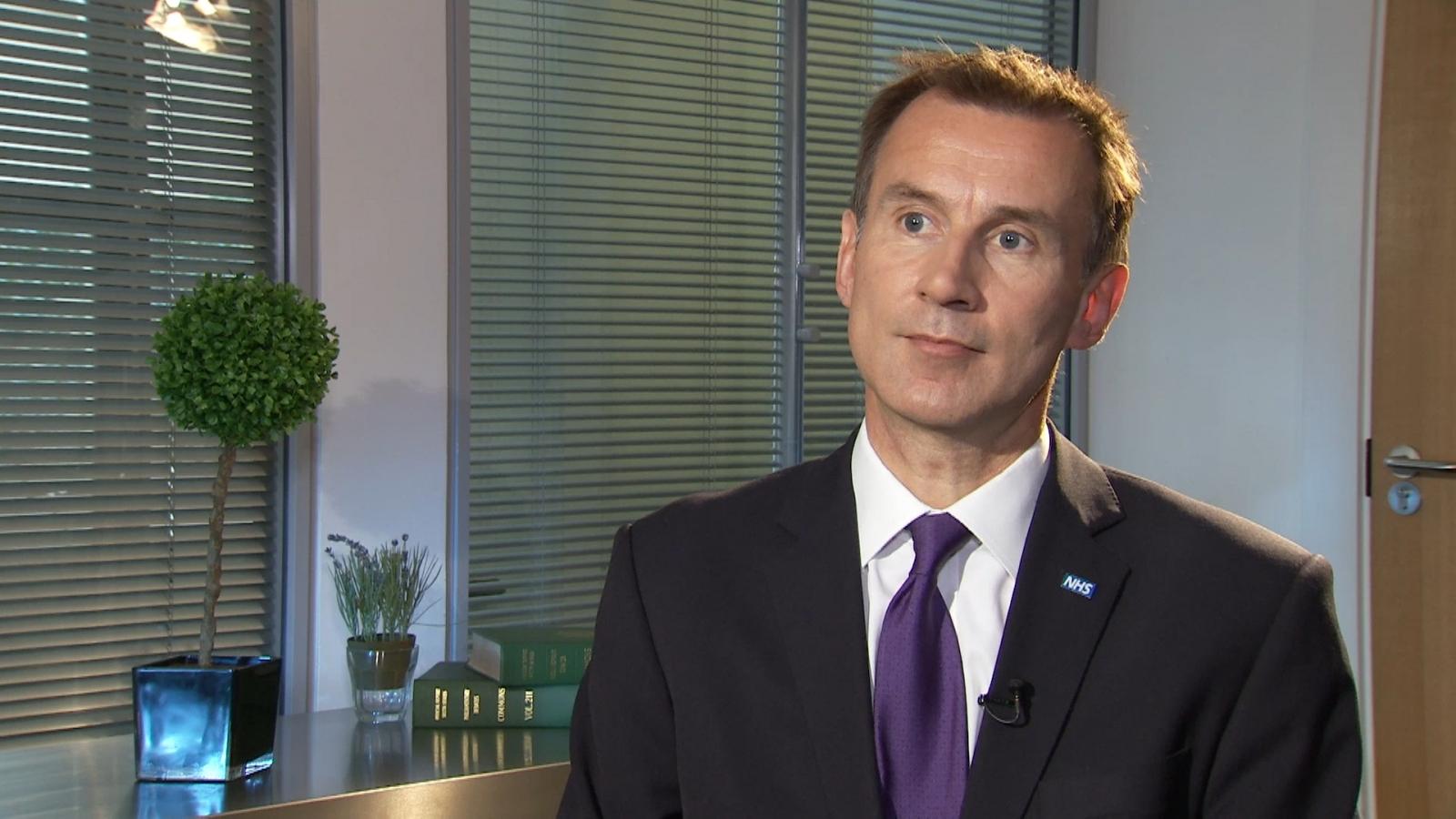 Jeremy Hunt considers leadership bid