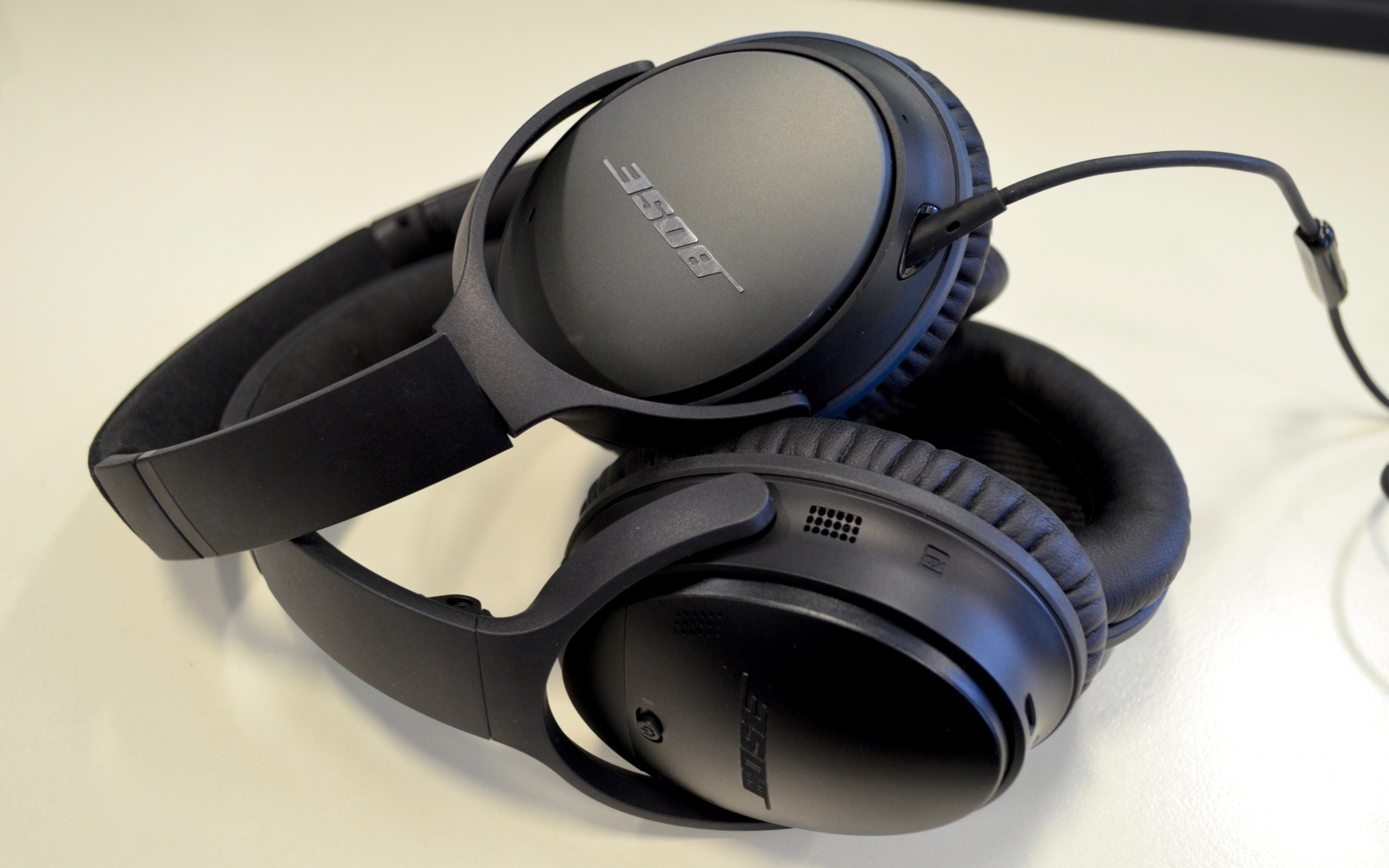 bose noise cancelling headphones 35. bose quietcomfort 35 review: the wireless, noise-cancelling headphones you\u0027ll never want to take off noise cancelling w