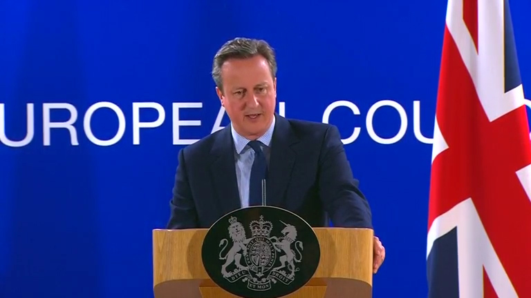 Cameron addresses news after EU summit