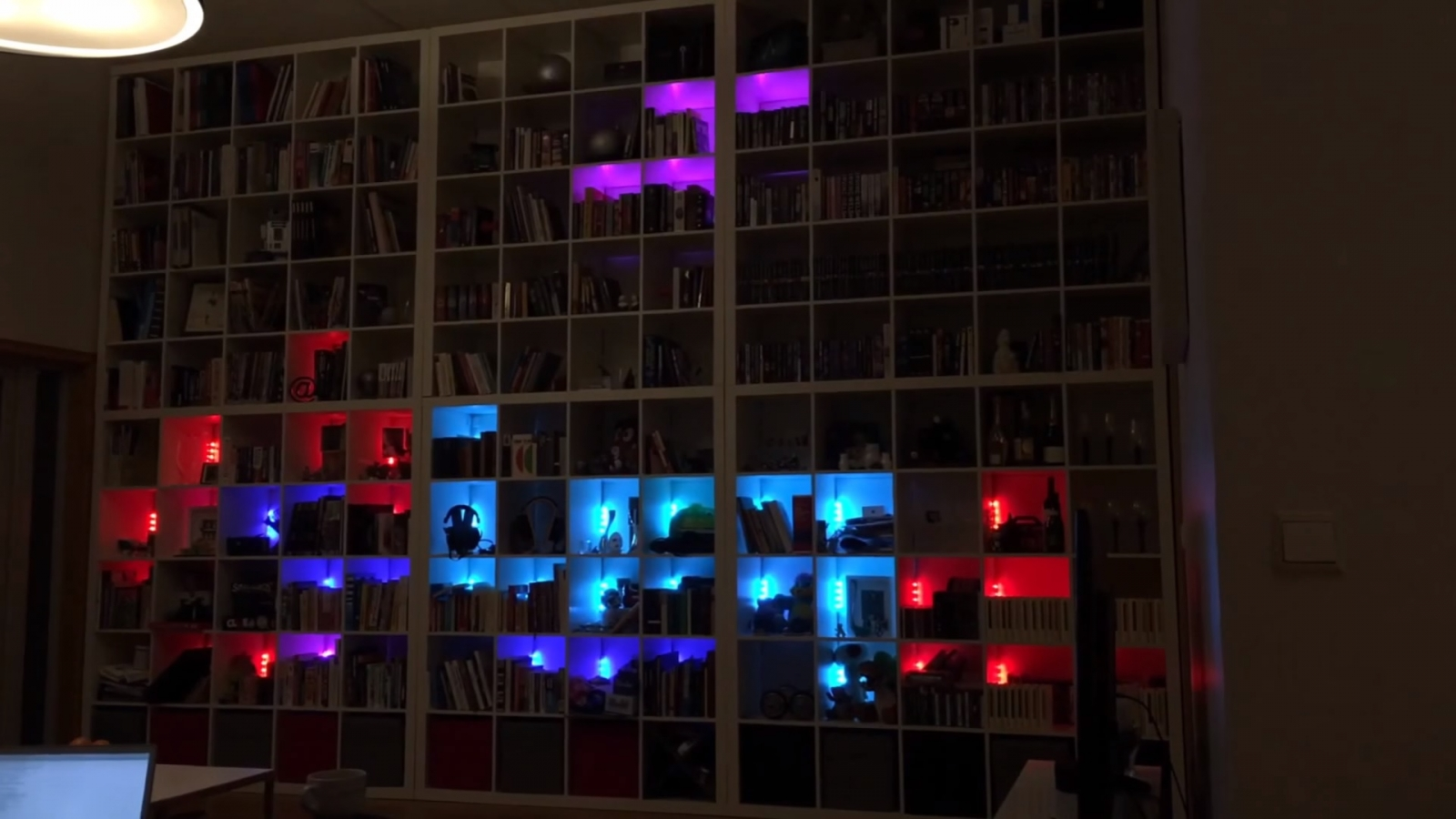 Ikea bookcase programmed to play Tetris