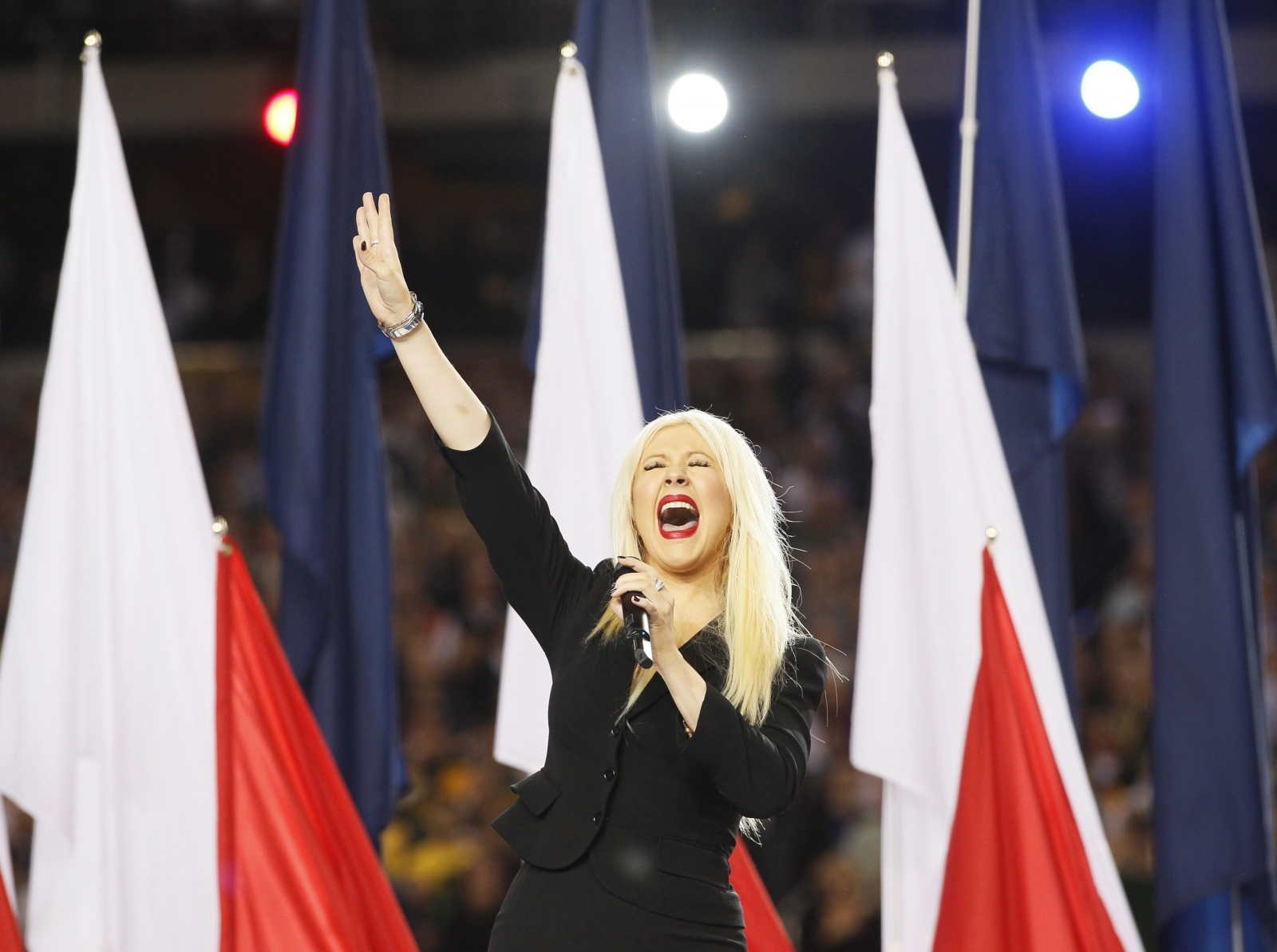 Christina Aguilera national anthem