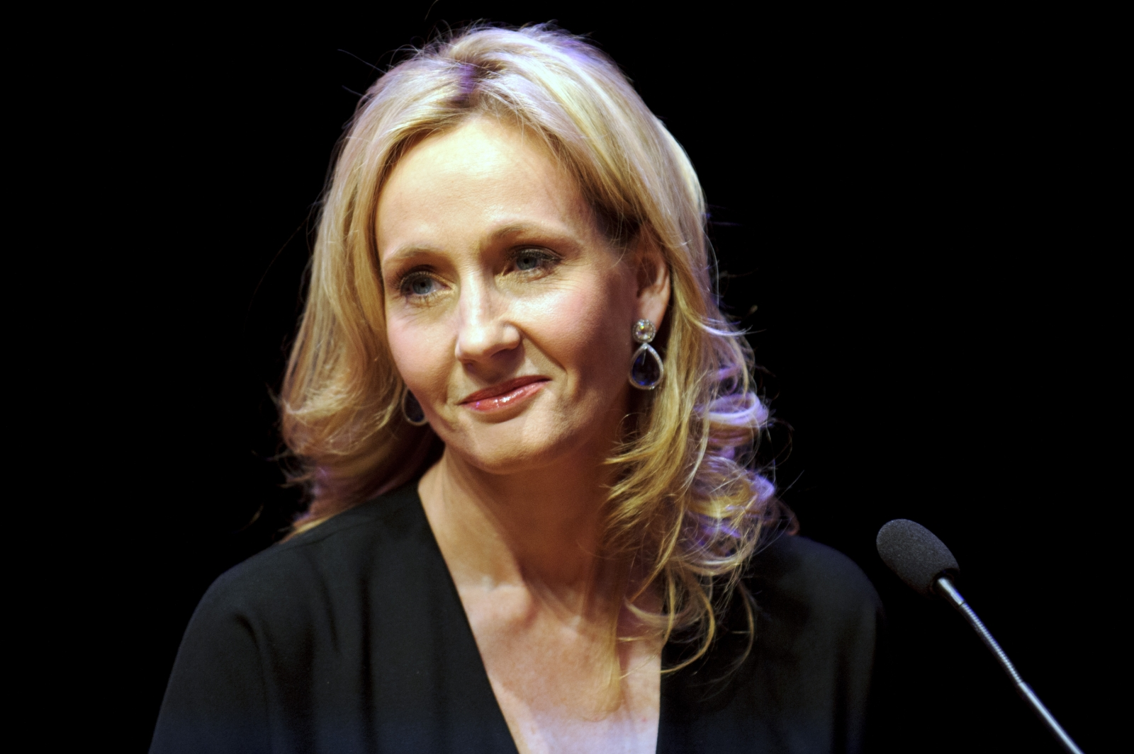 Author: JK Rowling And Jeremy Corbyn Row: Author Schools Labour