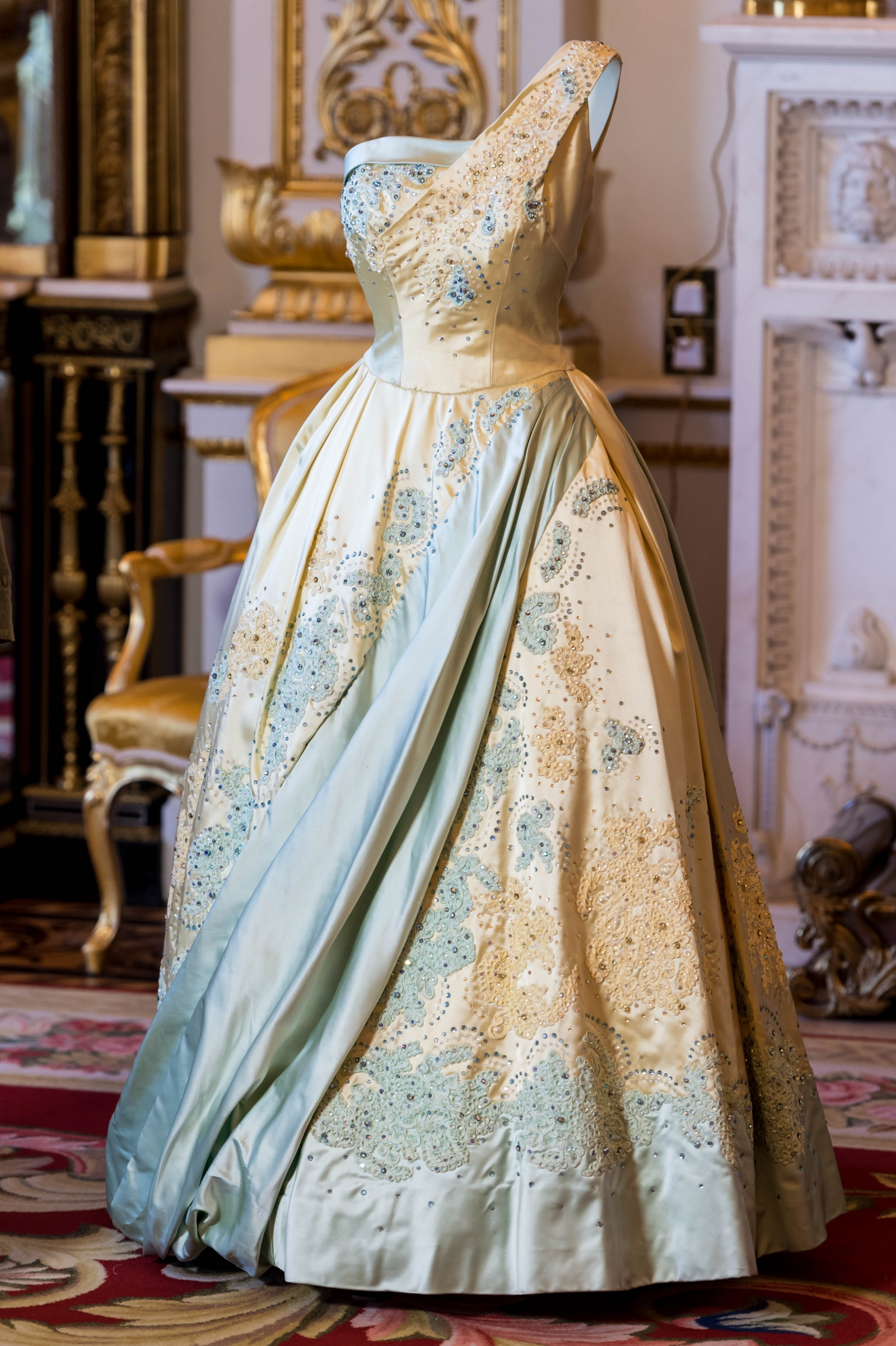 'Fashioning A Reign: 90 years Of Style From The Queen's Wardrobe'