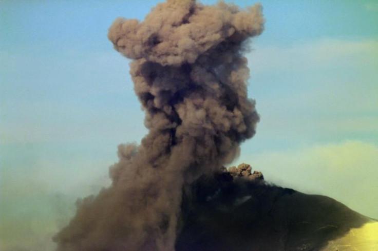 Pavlov volcano alaska