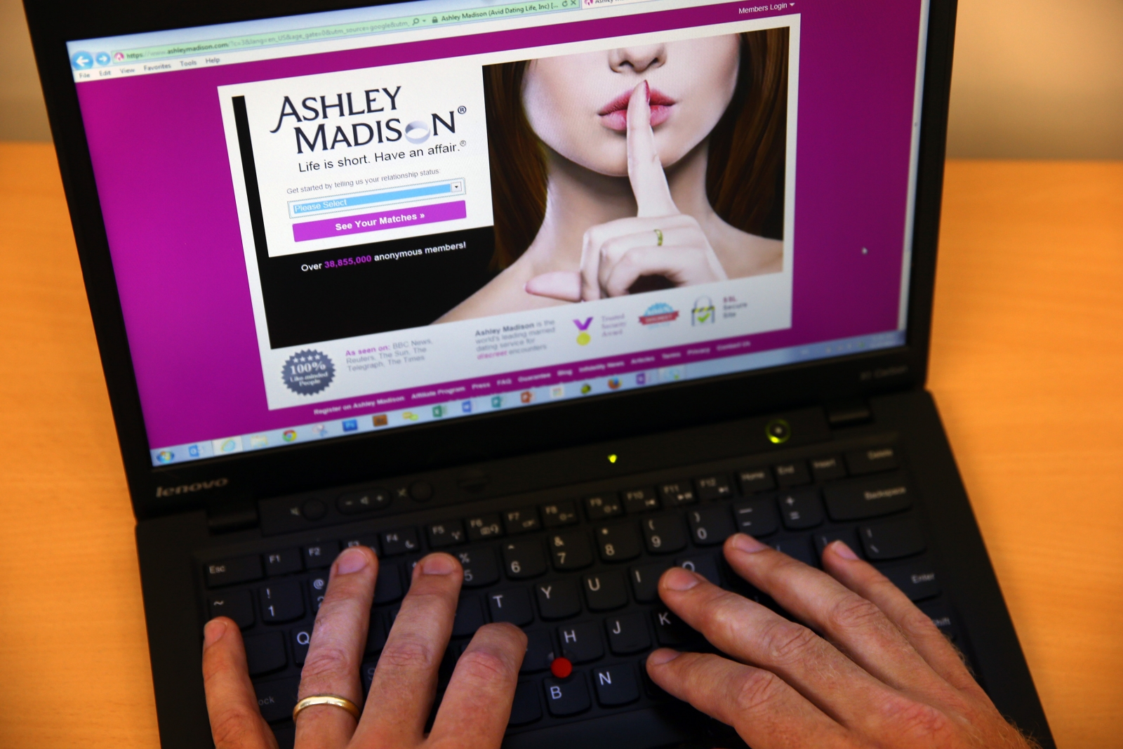 Ashley Madison computer