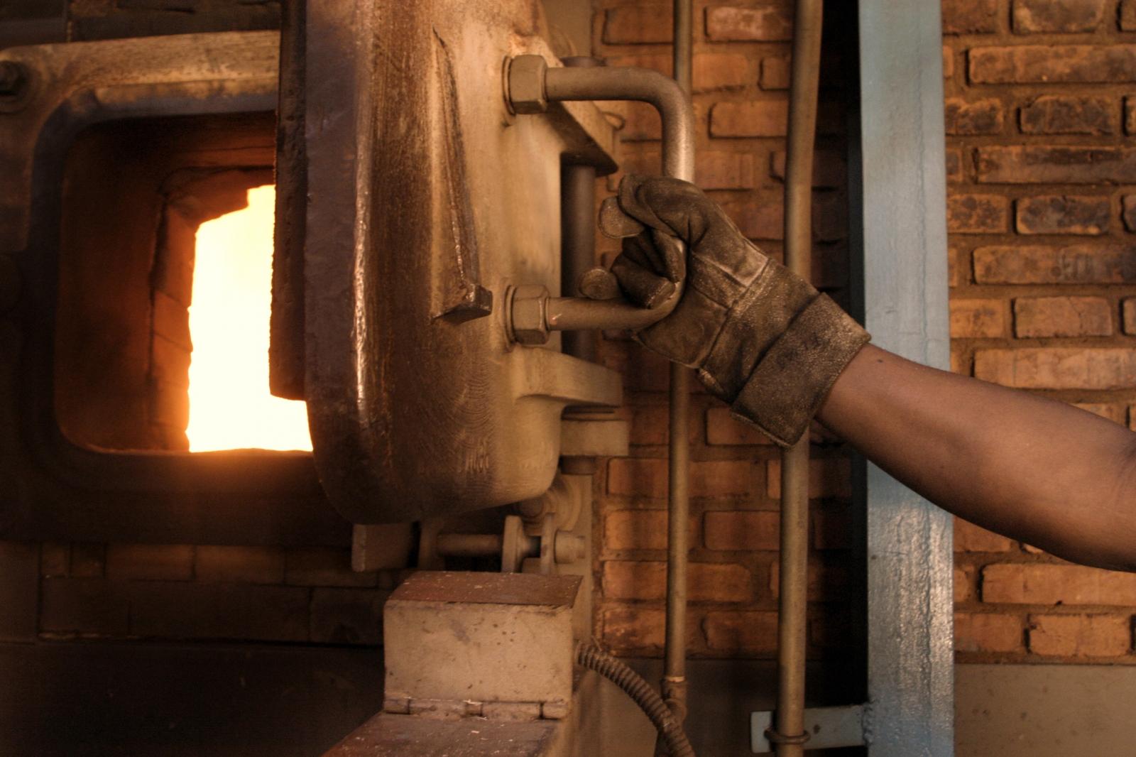 furnace cremation
