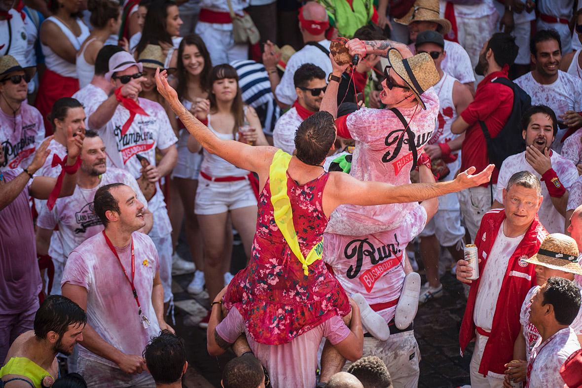 red bull girls soaked