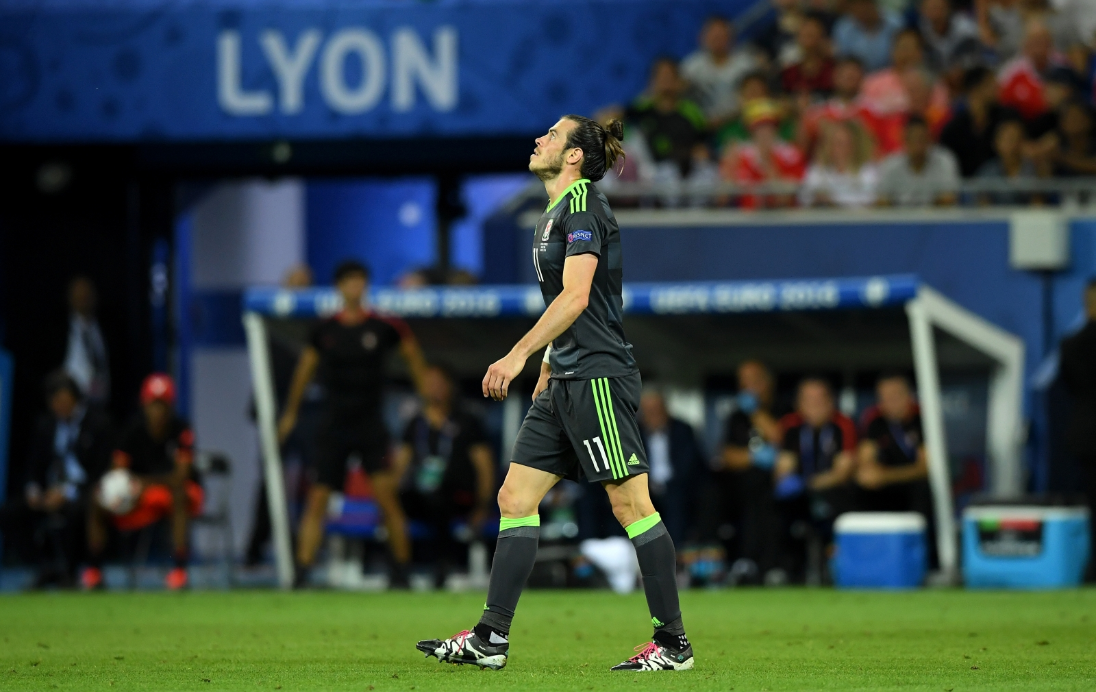 Gareth Bale goes close for Wales
