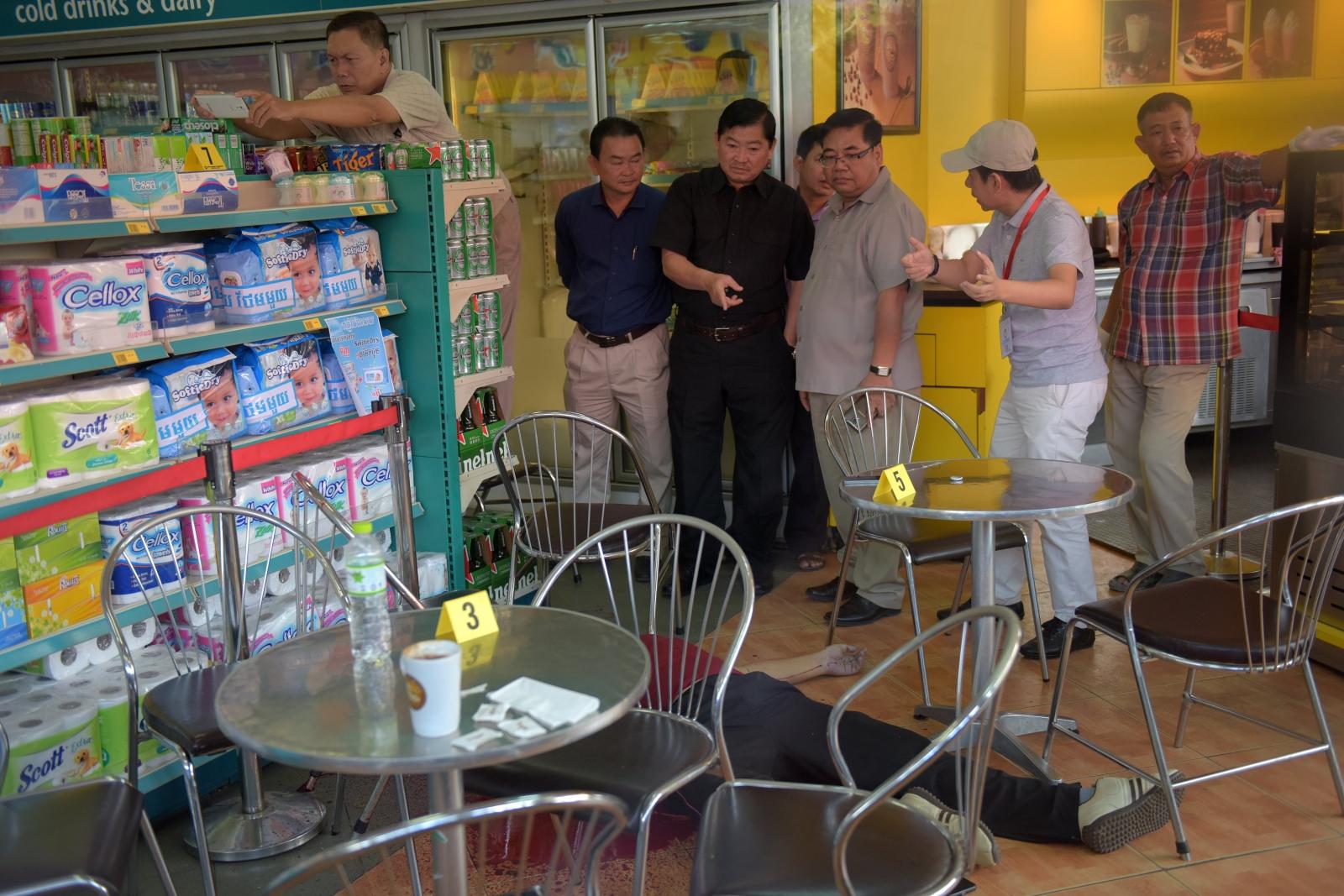 Kem Ley: Cambodian political analyst shot dead in Phnom Penh shop