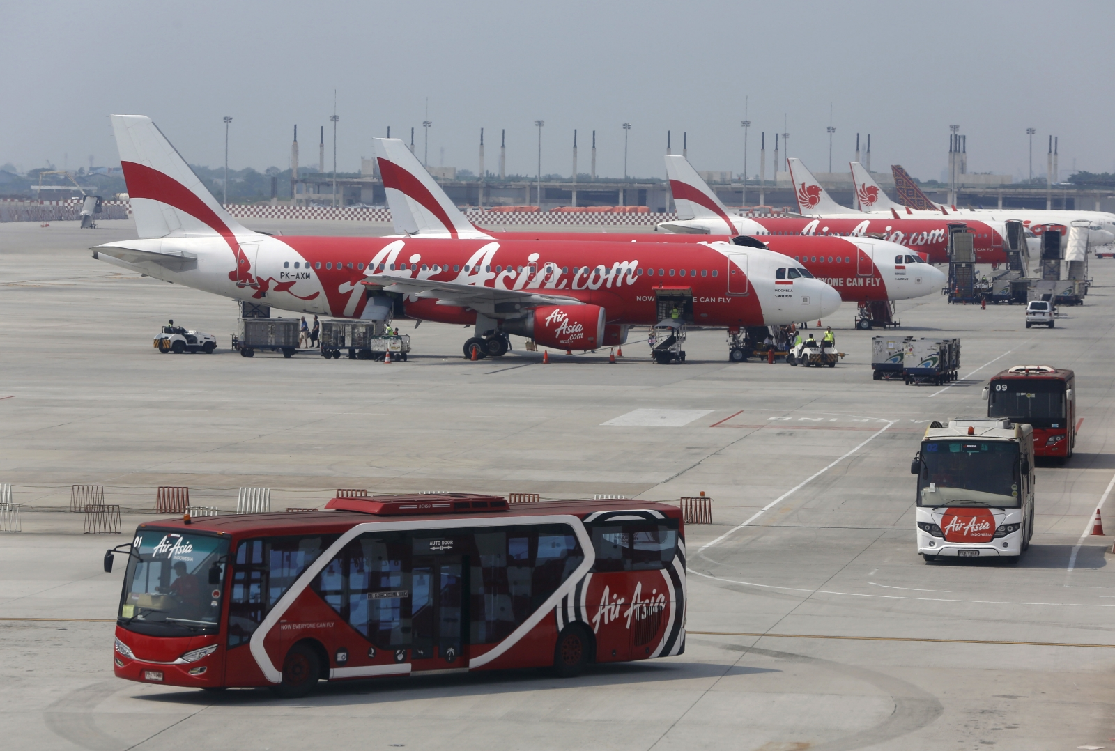 Farnborough Airshow: Airbus could win $12.57bn order from AirAsia
