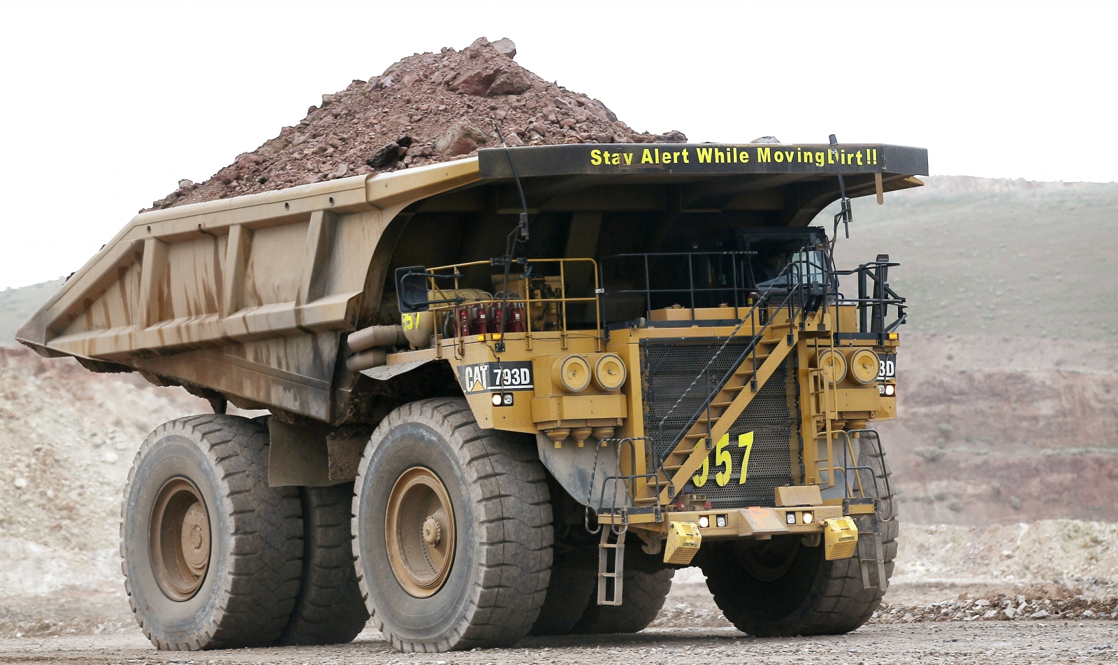 Caterpillar haul truck