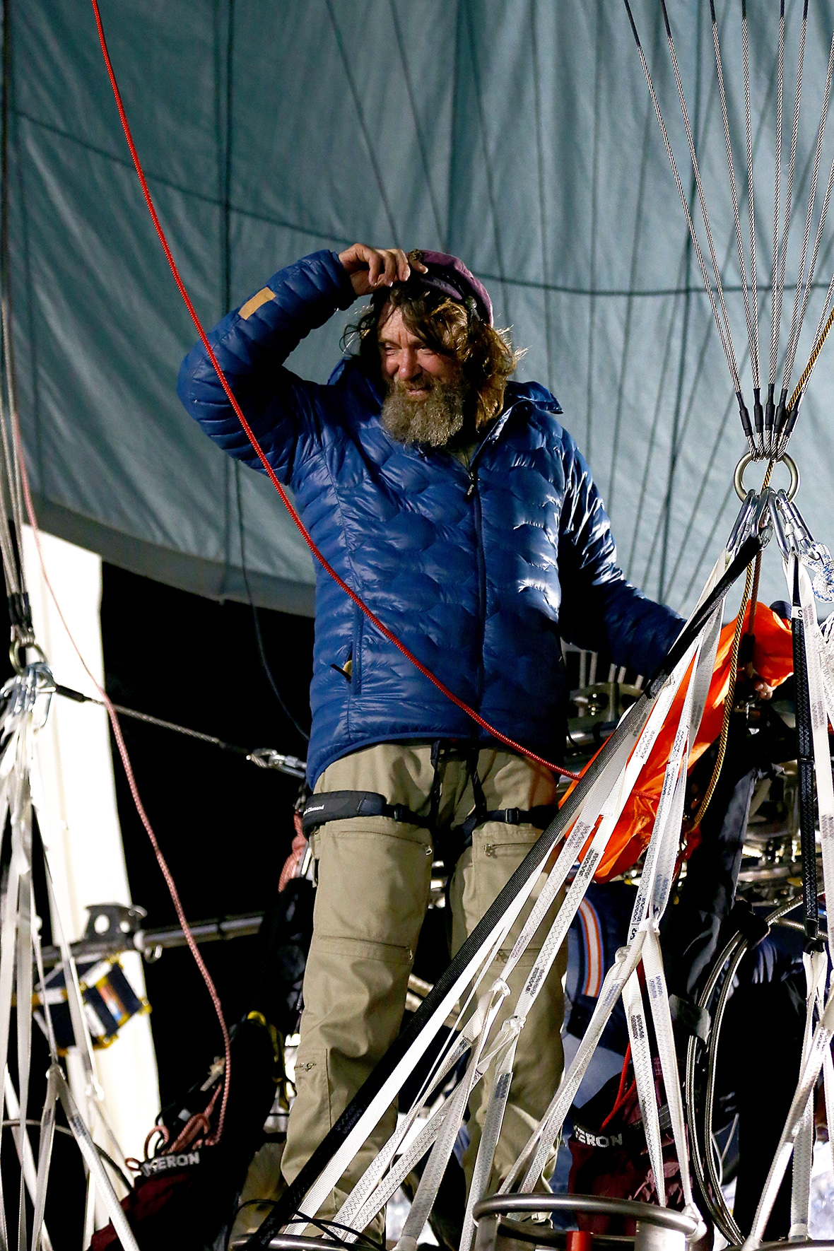 Application for the record. The start of the round-the-world flight of Fyodor Konyukhov is given in a balloon