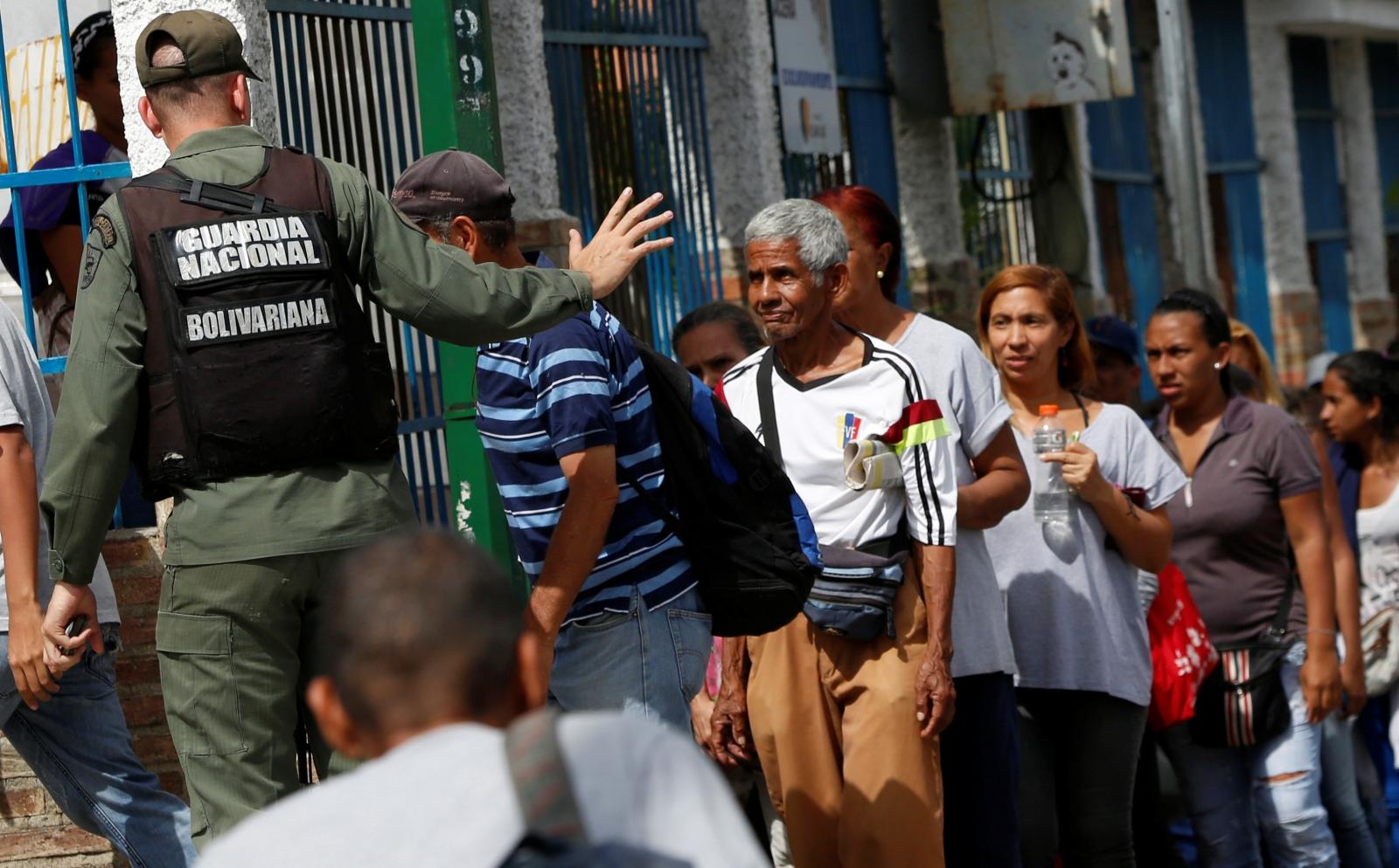 Venezuela food crisis and army