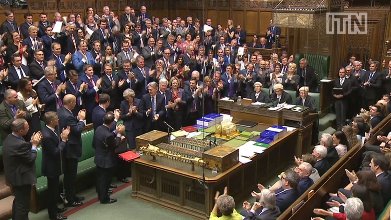 David Cameron given standing ovation after final Prime Minister's Questions