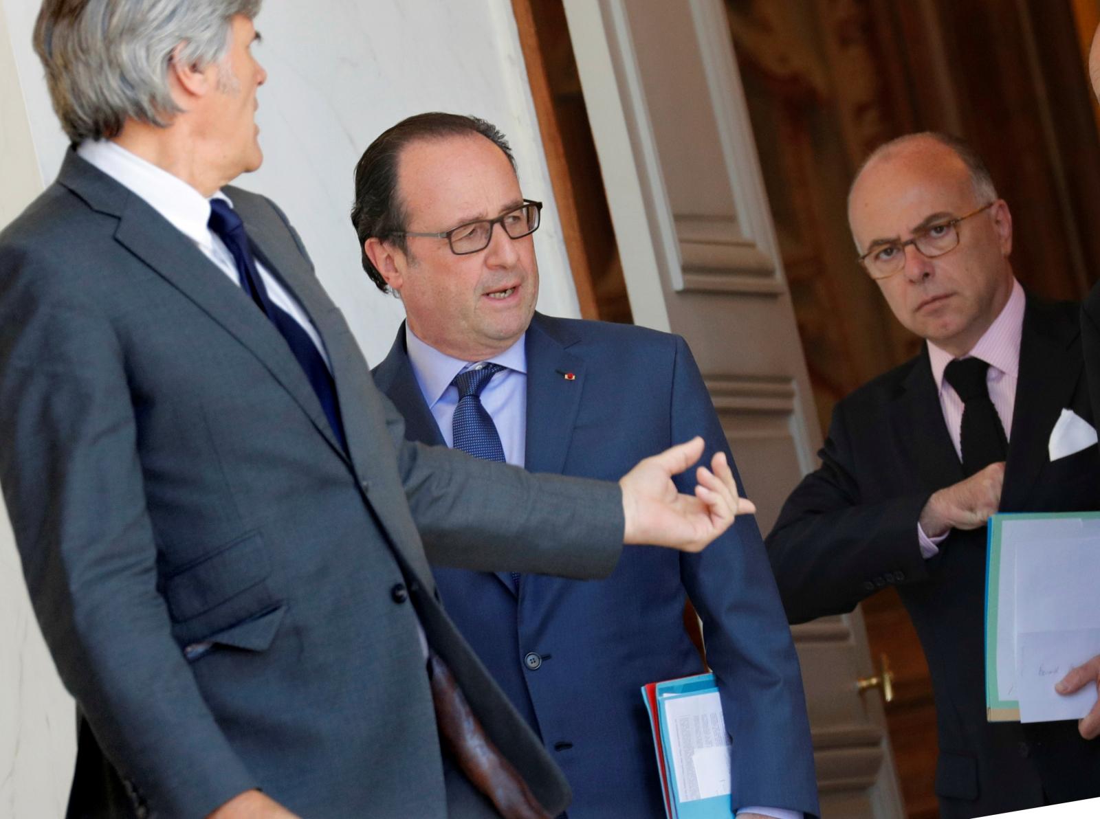 Francois Hollande & Bernard Cazeneuve