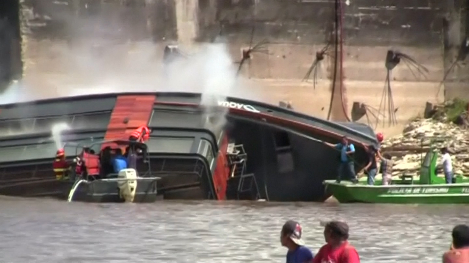 Explosion aboard Amazon cruise